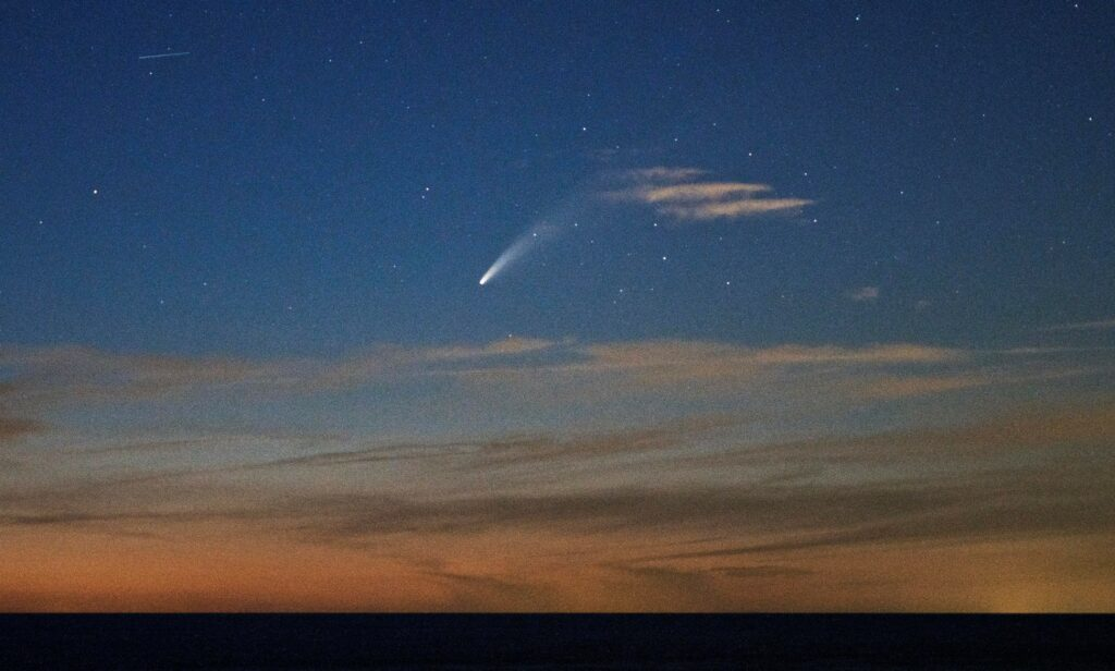 Catch these Comets in 2018 - Sky & Telescope